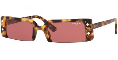 Sunglasses - Vogue - VO5280SB SOHO - 260569 YELLOW HAVANA // DARK VIOLET